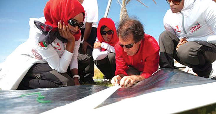 Oman women learn about sail making